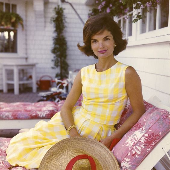 The Swinging 60s : Let Cher and Jackie Kennedy take over your closet